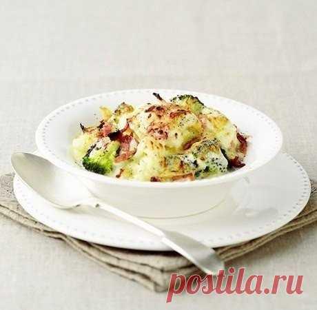 Цветная капуста, запеченная с яйцами и соевым соусом