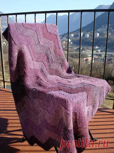 """Одеяло """"Зиг-Заг"""" из 10 петель: мастер-класс по вязанию спицами!"""