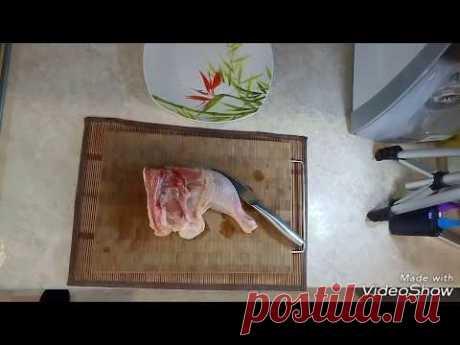 Как разделать куриный окорочок на филе | лайвхак | How to cut up a chicken to fillet | livchak