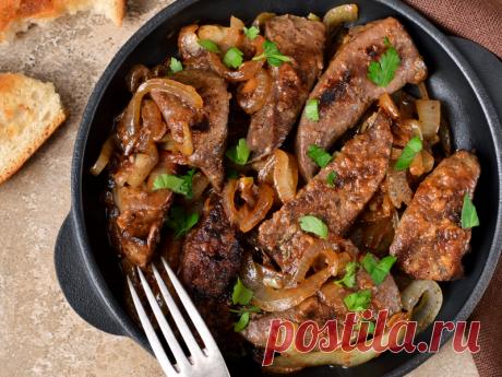 Есть только 1 способ прожарить печень правильно - вот он! Самое полезное мясо! Многие люди отказываются готовить любую печень из-за того, что она получается у них сухой, жёсткой и с горчинкой. Чтобы получить вкусный, сочный и нежный результат, следует знать некоторые тонкости приготовления печени (будь то говяжья, свиная или куриная)...