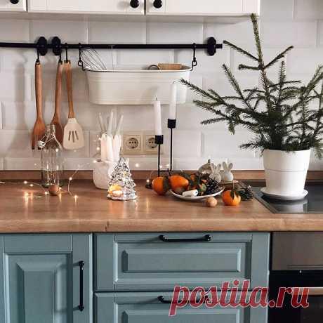 На изображении может находиться: кухня, стол и в помещении