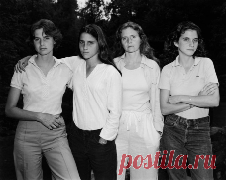 Взгляд сквозь время: 4 сестры делали одну и ту же ежегодную фотографию 40 лет подряд