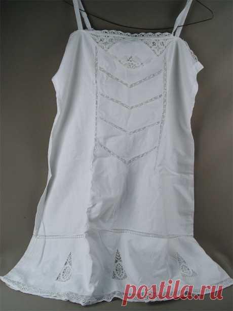 Лот 18150. Нижняя рубашка женская, полотно, кружевные вставки, начало XXвека