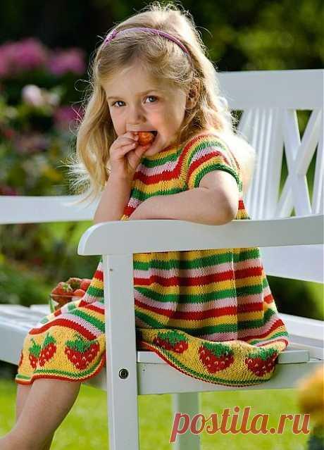 Платье для девочки с клубникой. Идеи для вязания | Шкатулочка для рукодельниц