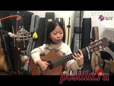 【吉他】小野麗莎《Moon river》 爵士吉他彈唱 吉他女孩Miumiu - YouTube