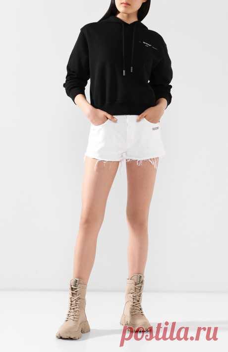 Женские белые джинсовые шорты OFF-WHITE — купить за 29500 руб. в интернет-магазине ЦУМ, арт. 0WYC002S20DEN0030100