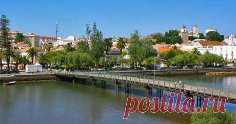 Тави́ра — город и морской порт на юге Португалии