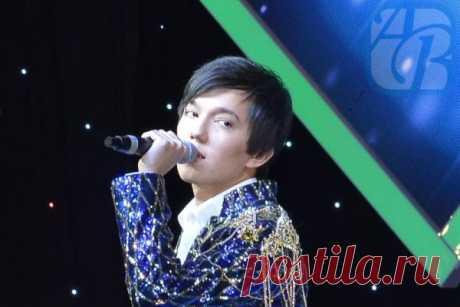 Казахстанский певец Димаш Кудайбергенов: всё, что нужно о нем знать | FoodMenu