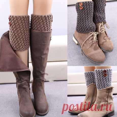 Вязаные украшения для зимней обуви Модные вязаные украшения добавят не только тепла нашим ножкам, но и стильно украсят зимнюю обувь.               А можно сделать комплект вместе митенками, будет очень красиво и стильно.  А можно и ша…
