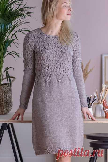 Платье с ажурной кокеткой от Novita.