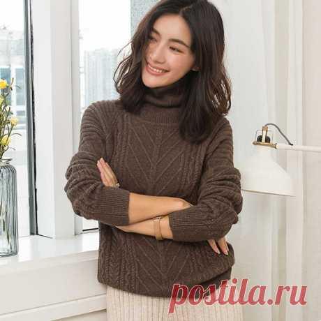 Модные вязаные свитера 2019: тренды, новинки сезона, фото образов