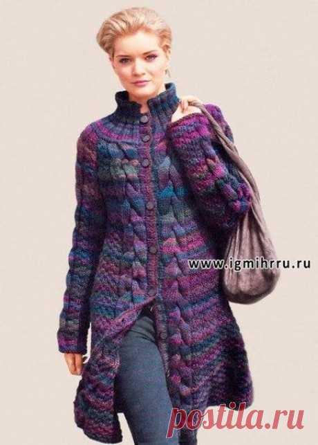 Расклешенное меланжевое пальто с косами (Вязание спицами) | Журнал Вдохновение Рукодельницы