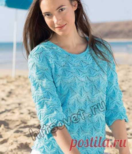 Вязание спицами на лето для женщин модного пуловера из хлопка эффектным рельефным узором со схемой и бесплатным описанием.