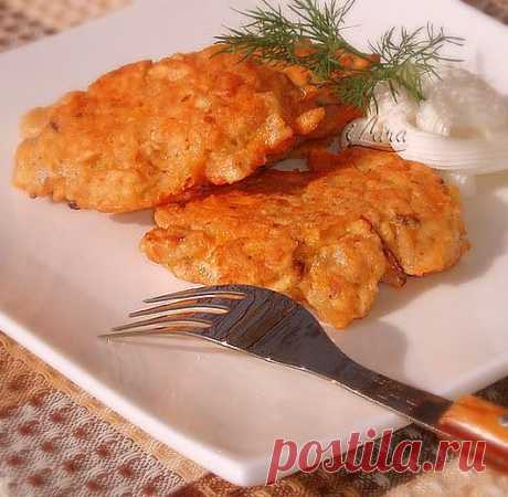 Оладьи из мацы с сыром - очень вкусное блюдо, готовят его к Песах.