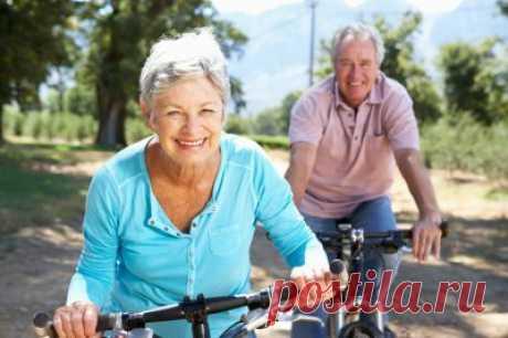 Известный американский нейрохирург назвал правила здорового старения  29 января 2020, 10:42. Содержание: Диета. Движение. Нет ловушкам современного общества. Зарядка для мозга. Укрепление костей. Забота о зрении и слухе. Знаменитый нейрохирург Джозеф Марун сейчас является старшим вице-президентом Американской академии по борьбе со старением и не устает повторять, что ключом к здоровой и долгой жизни является предотвращение болезней до их возникновения.