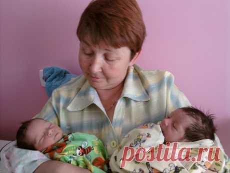 С бабулей в роддоме