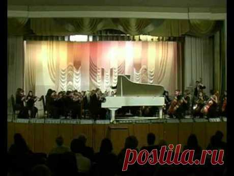Second Concerto for piano and orchestra in 3 movements by composer Vladimir Sidorov (opus 100, 2004). 1. Moderato. Symphony Orchestra of Magnitogorsk conservatoire under Renat Jiganshin, soloist Vasiliy Karpov (piano). 2006