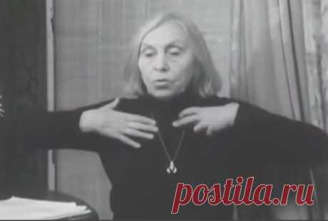 ДЫХАТЕЛЬНАЯ ГИМНАСТИКА СТРЕЛЬНИКОВОЙ: УНИКАЛЬНАЯ МЕТОДИКА ОЗДОРОВЛЕНИЯ!  Дыхательная гимнастика Стрельниковой – это немедикаментозный оздоровительный метод, созданный на рубеже 30-40-х годов в качестве способа восстановления певческого голоса. В 1972 году автор метода, педагог-фониатор Александра Николаевна Стрельникова, получила авторское свидетельство на свою разработку, прошедшую процедуру регистрации Государственным Институтом патентной экспертизы.  Поскольку пение явл...