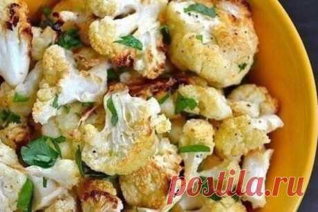 Цветная капуста с сыром, чесноком и зеленью, рецепт — Вкусо.ру