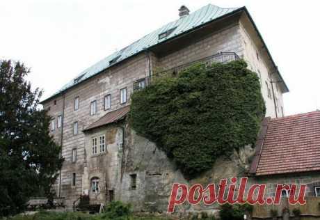 10 замков с привидениями, которые заставят дрожать даже смельчаков