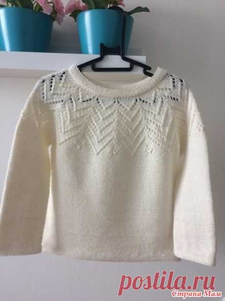 Pullover with the round coquette - Knitting for children - the Country of Mothers