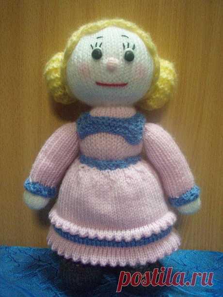 Вязаная кукла. Описание вязания.
