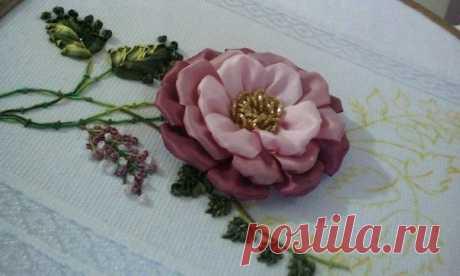 Вышиваем цветок лентами