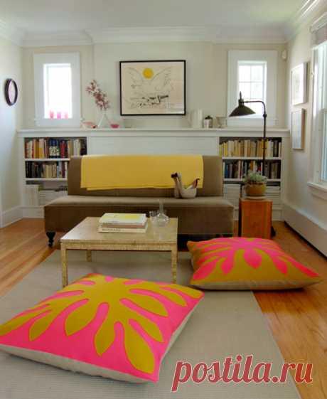Большие подушки на пол | lazybee.ru Всегда мечтала иметь дома большие подушки на пол, чтобы можно было удобно усесться в гостиной и, скажем, играть в настольные игры с друзьями или...