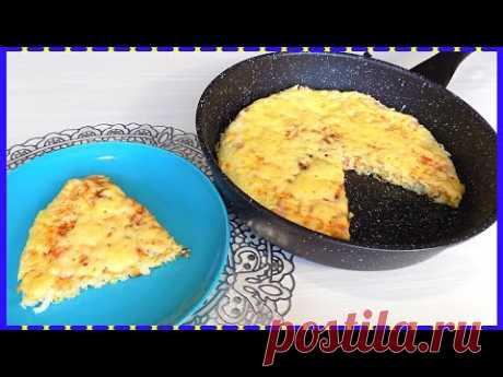 Быстрый завтрак из капусты с колбасой приготовленный на сковороде. Капустная запеканка под сыром