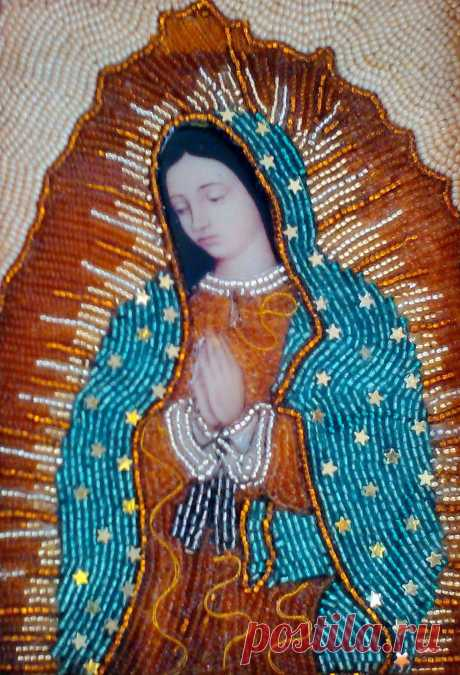 VIRGEN DE GUADALUPE  Imagen decorada con chaquiras