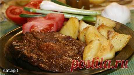 Мясо тясю. Обычно мясо тясю добавляется в традиционный японский суп рамен, но оно вполне может быть и самодостаточным блюдом!