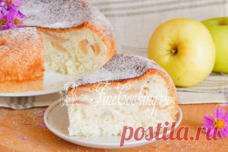 Шарлотка с яблоками в мультиварке - рецепт с фото