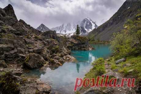 Верхнее Шавлинское озеро, Алтай. Автор фото: Павел Силиненко.