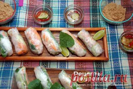 Спринг-роллы из рисовой бумаги с начинкой из креветок и овощей. Пошаговый рецепт Сергея Джуренко