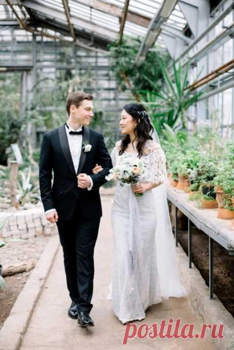 Приглашаем вас на весеннюю свадьбу Никиты и Виктории — спокойный и добрый праздник, окутанный светом, нежностью и любовью 💞