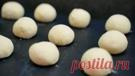 Творожные шарики с малиной — Кулинарная книга