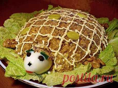 Салат «Черепаха» (куриное филе, яйца, сыр) | 4vkusa.ru