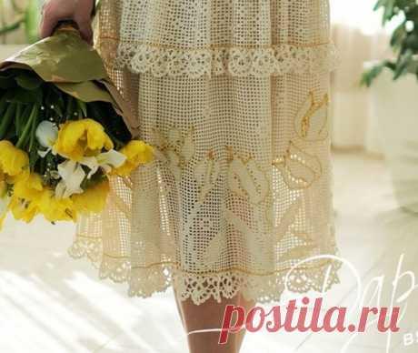 Изумительно красивое платье, связанное крючком в филейной технике