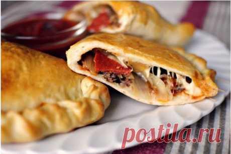 Домашняя закрытая пицца по-итальянски