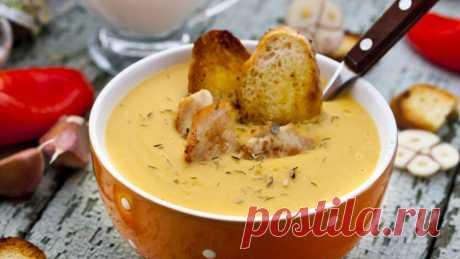 Морковный суп-пюре с куриным филе, рецепт с фото Несложное блюдо всего из нескольких ингредиентов.