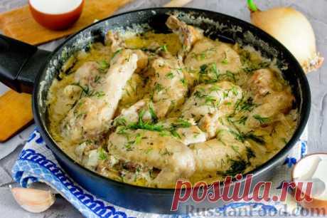 Гедлибже — блюдо кабардинской кухни. Очень простое, сытное и вкусное благодаря изумительному соусу из жареного лука и сметаны.Попробуйте это очень простое, но вместе с тем вкусное и пикантное блюдо.