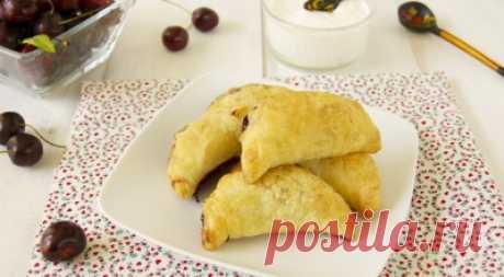 ТОП-7: рецепты слоеных пирожков с пошаговыми фото