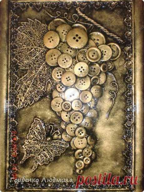 "Картина ""Виноград из пуговиц"" + две бутылки | Страна Мастеров"