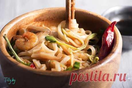 Рисовая лапша с креветками пад тай - рецепт приготовления с фото