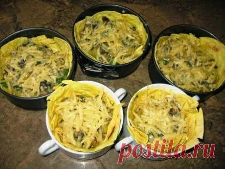 Домашняя закуска: грибная запеканка в лаваше   Про рецептики - лучшие кулинарные рецепты для Вас!