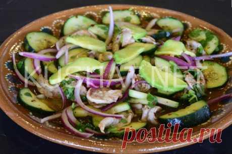 Салат из авокадо с креветками и огурцами. Рецепт с фото • Кушать нет