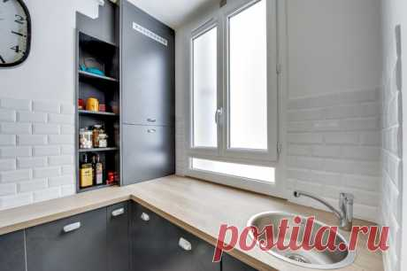 Живите проще: 31 лайфхак для маленькой кухни Ножи слева, гаджеты — справа, вино — у ваших ног