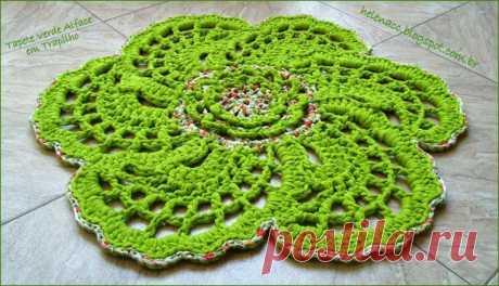 Очень красивый коврик цветок крючком. Схема