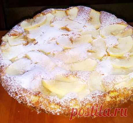 Шарлотка с яблоками на кефире - рецепт с фото пошагово Шарлотка с яблоками на кефире - пошаговый кулинарный рецепт приготовления с фото, шаг за шагом.