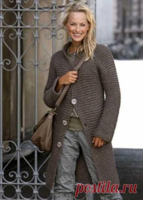 Название: Вязание пальто спицами для начинающих. Схемы вязания Найдено в Google. Источник: mhitufa.ru
